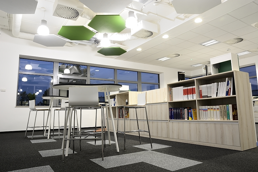 projektowanie wnętrz biurowych, dekorator, architekt, projektant wnętrz biurowych warszawa, elastyczne biuro, biuro startup, krdesign, karolina radoń